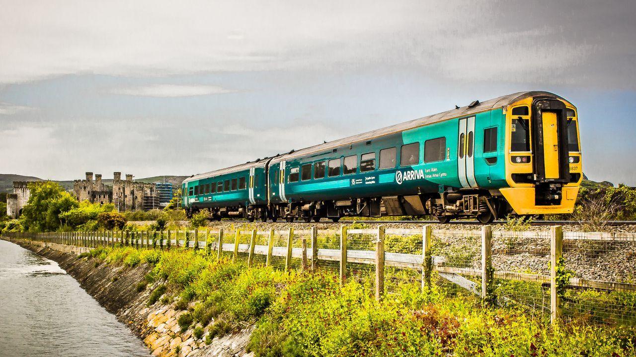 .Tren de Arriva en Gales, compañía que opta a explotar el tren Oporto-A Coruña