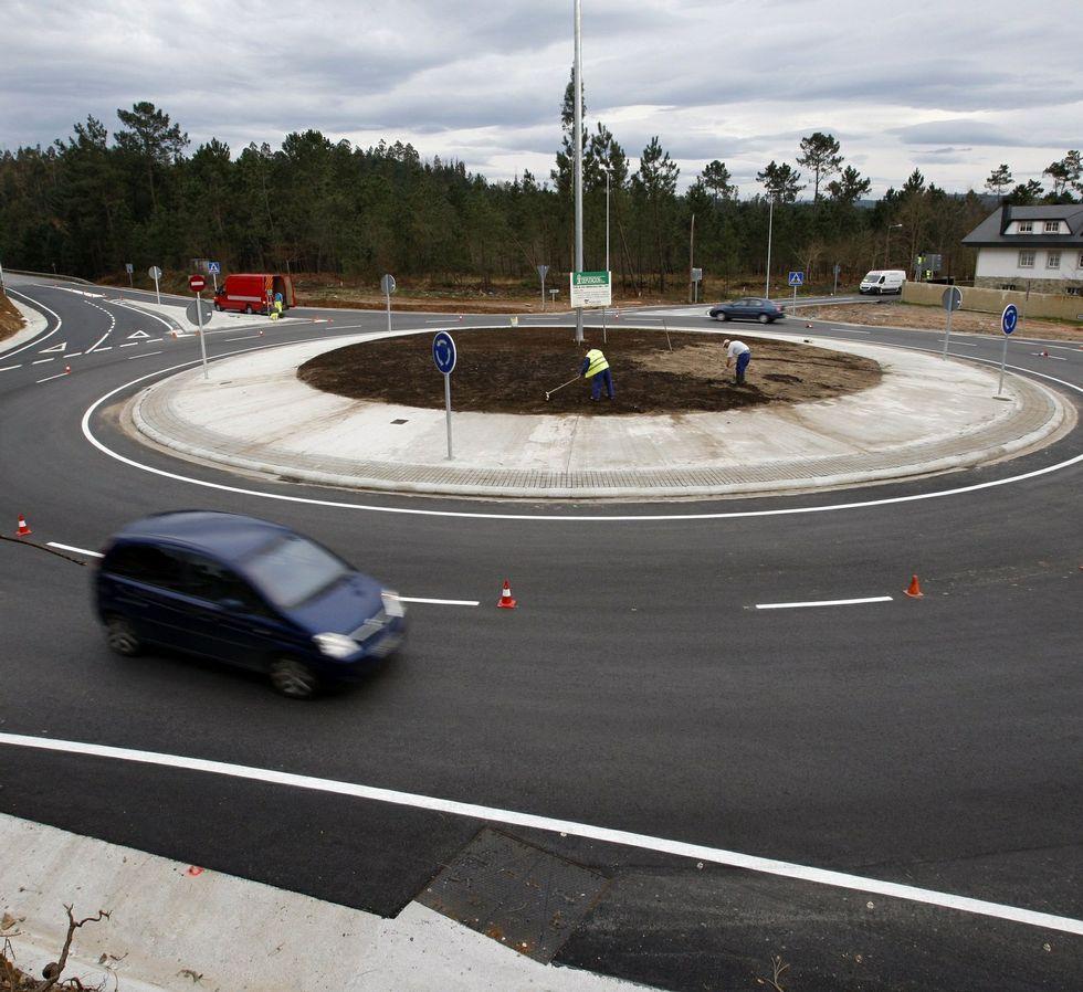 Las mejoras incluyen la carretera entre A Ramallosa y Bertamiráns.