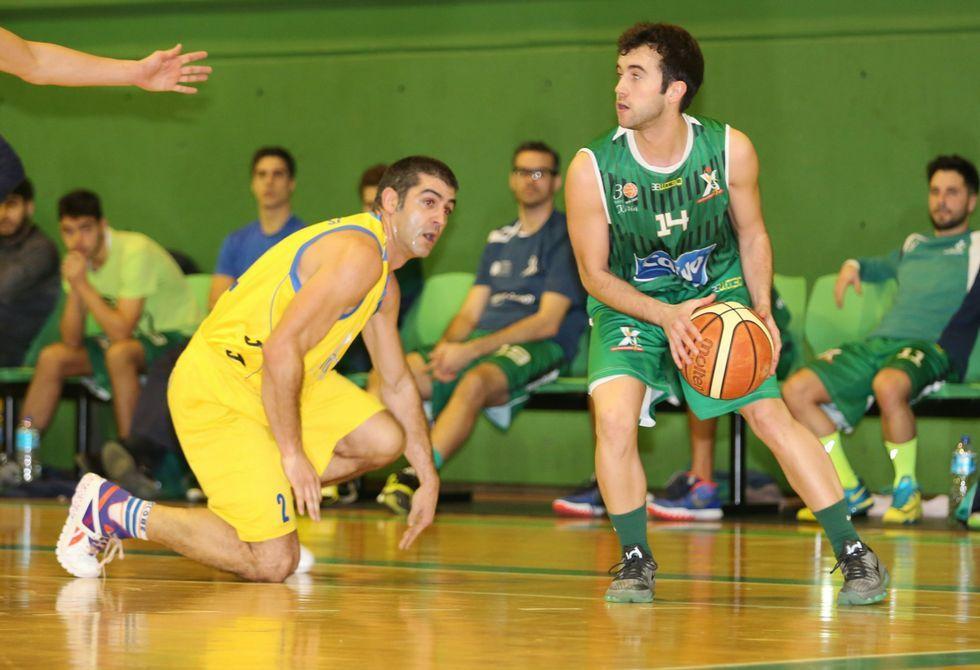 .El baloncesto carballés ha exportado su modelo de cantera a Ponteceso y A Laracha.