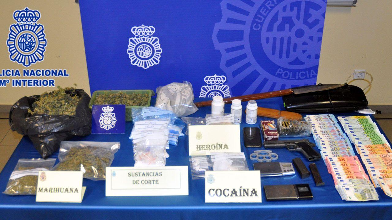manso madre.Droga, dinero y otros efectos incautados en un punto de venta de droga en Tremañes.