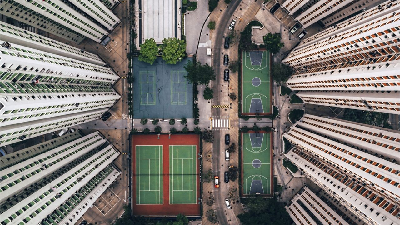 «Comodidades» se titula esta toma de dron seleccionada también en categoría urbana