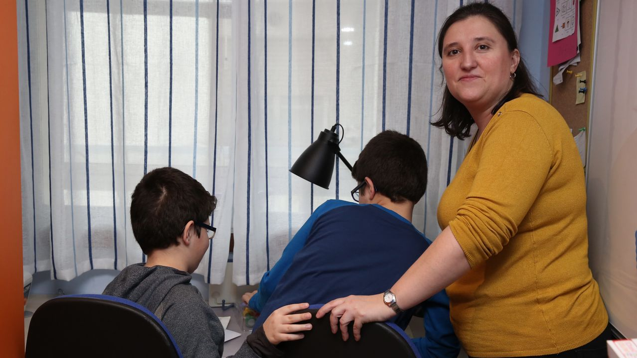 Más de 25 familias de niños autistas temen que se queden sin terapia
