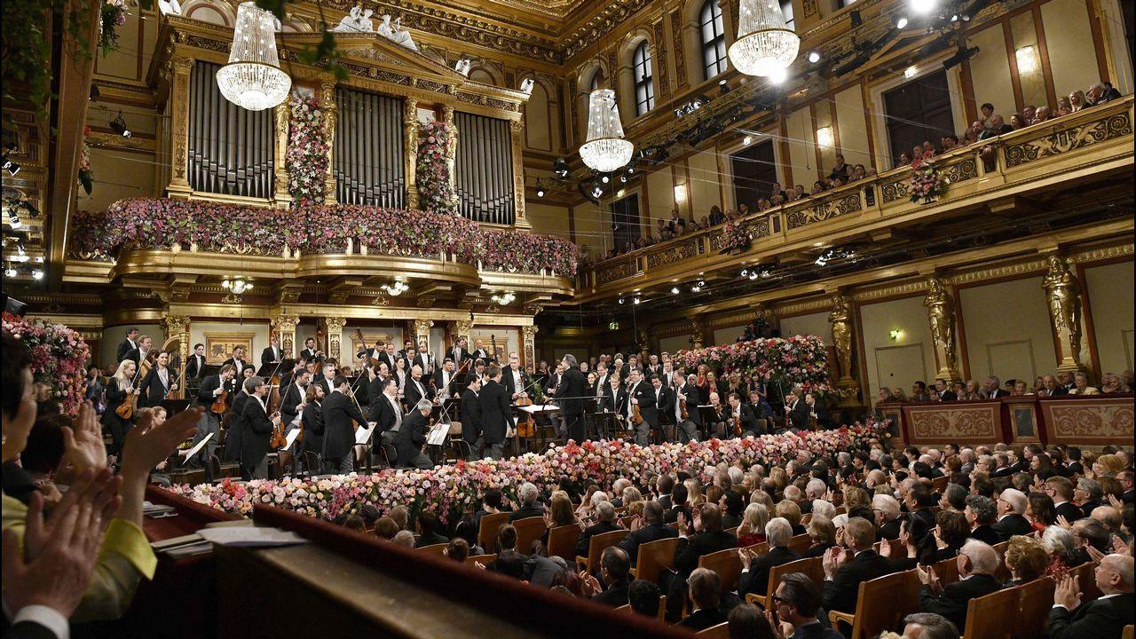 Riccardo Mutiy la Filarmónica de Viena dan la bienvenida al 2018.La canciller alemana, Angela Merkel