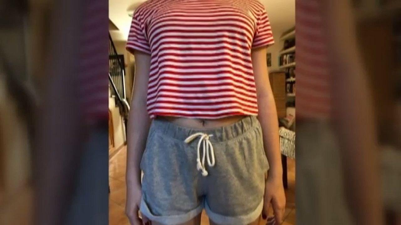La respuesta viral de una adolescente a las compañeras que la criticaron por su vestimenta.Patricia Conde y Carlos Seguí en una imagen de archivo