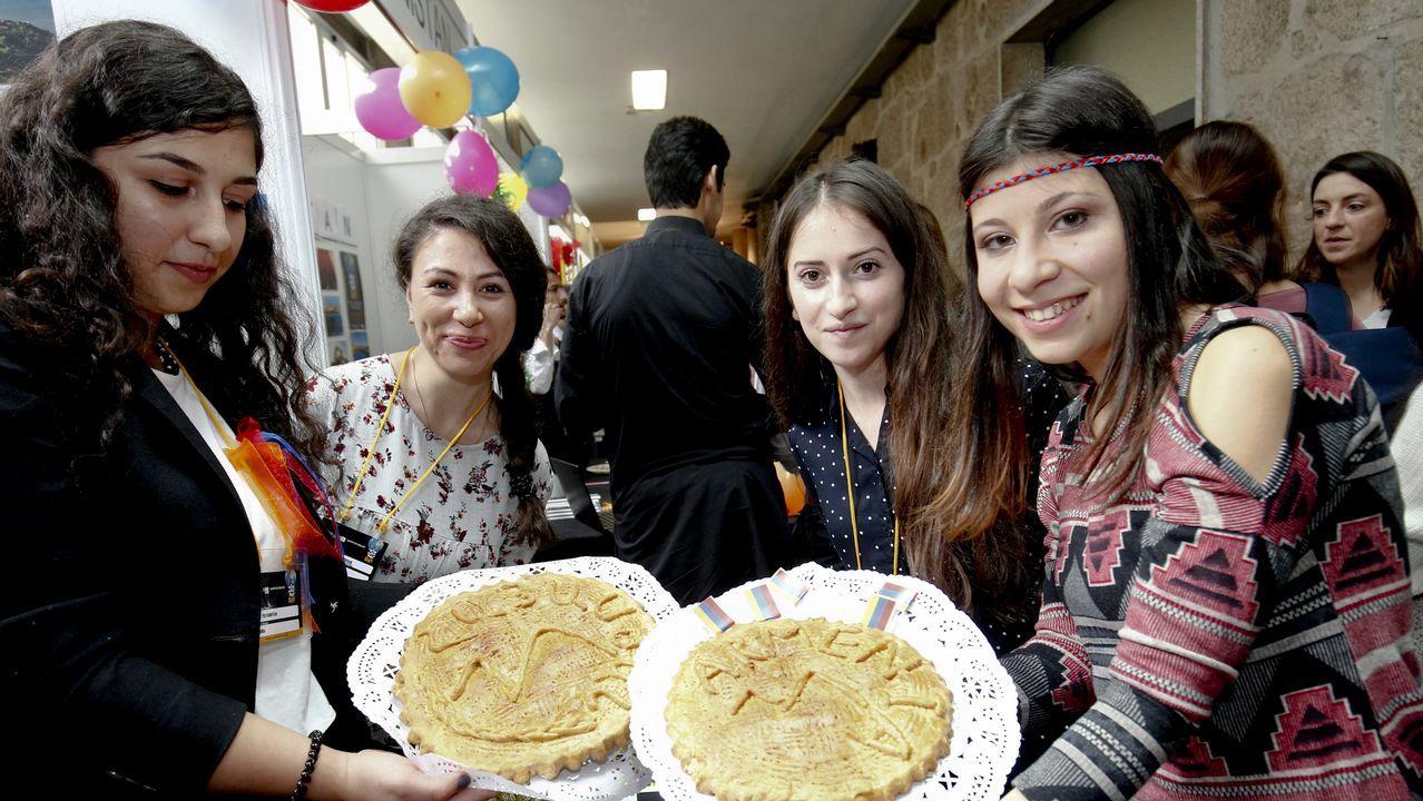Los alumnos extranjeros de la USC, los mejores embajadores de sus países.Un picudo rojo
