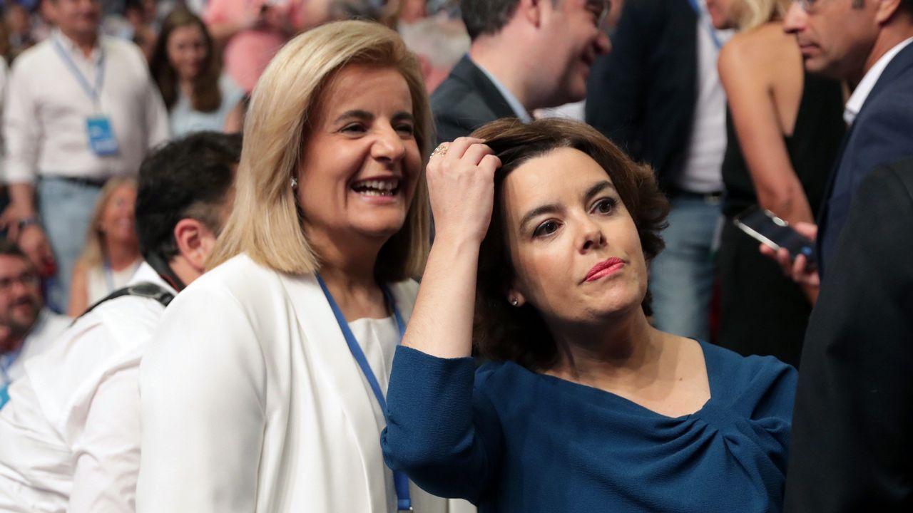 En su discurso, Santamaría ha anunciado que si gana propondrá a Fátima Báñez como secretarioa general del PP.