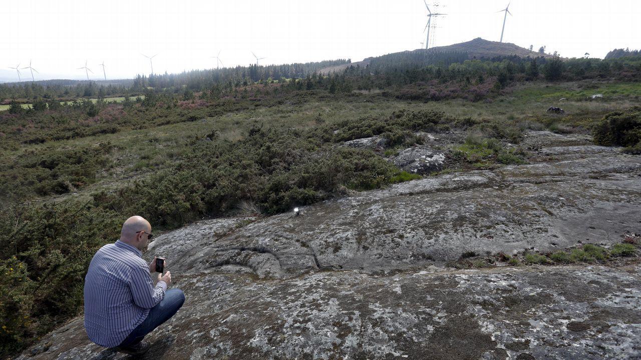 Cerca del mirador del monte Farelo se halla una de las estaciones de petroglifos más importantes de Galicia