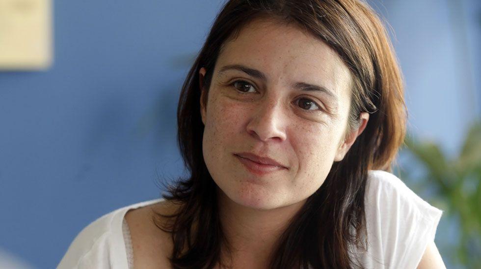 Adriana Lastra y Ricardo Fernández se someten a las preguntas de la militancia en la AMSO.Adriana Lastra