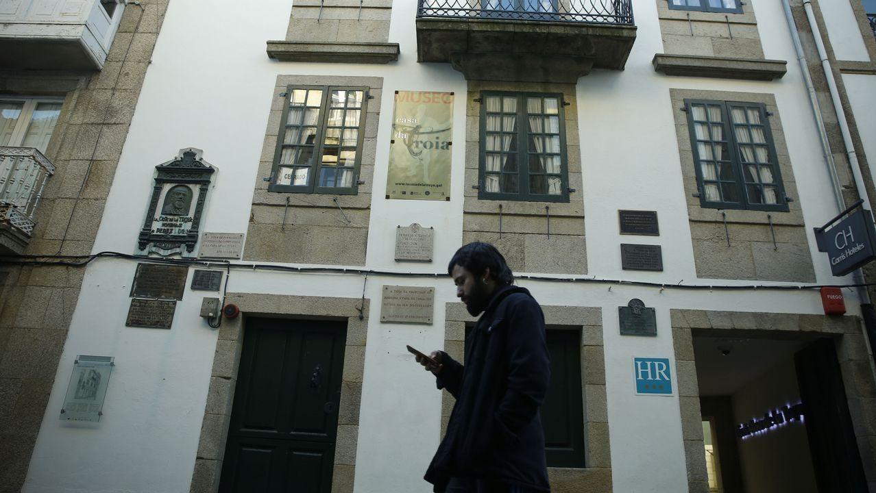 Casas compostelanas con personajes históricos