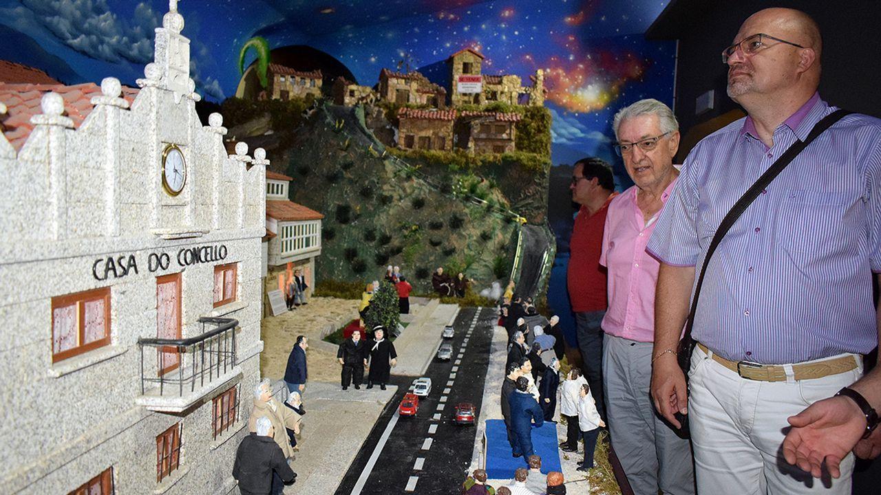 El conselleiro Francisco Conde acude a una demostración en Urovesa