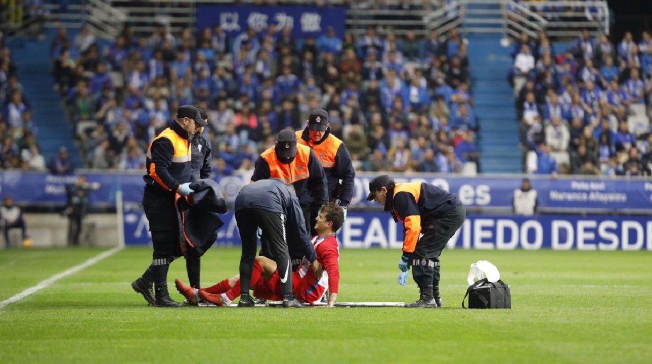 Infantil Real Oviedo Sporting Requexon.Isma Cerro en el momento de su lesión