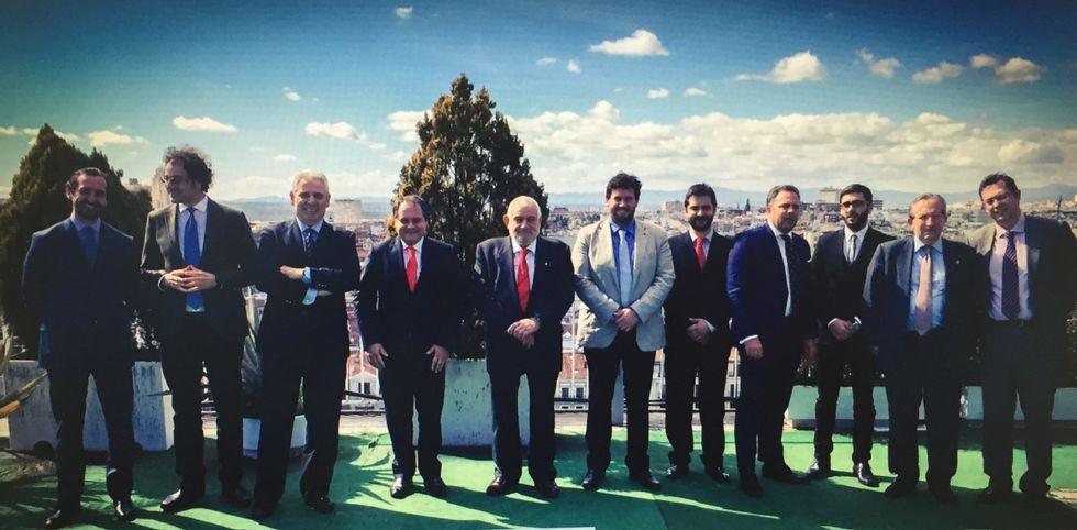 Parte de los socios fundadores de la asociación patronal Droniberia, el día de la constitución