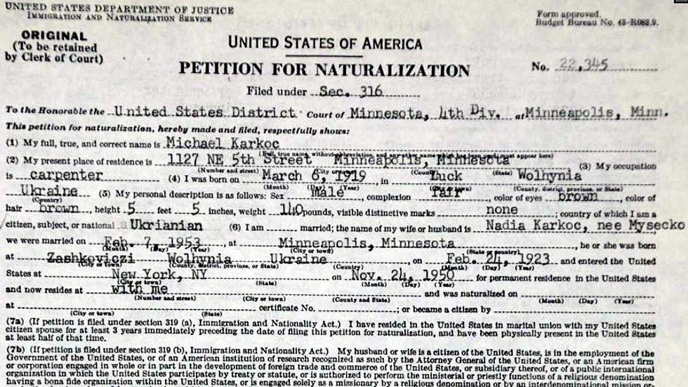 Petición de nacionalización  de Karkoc
