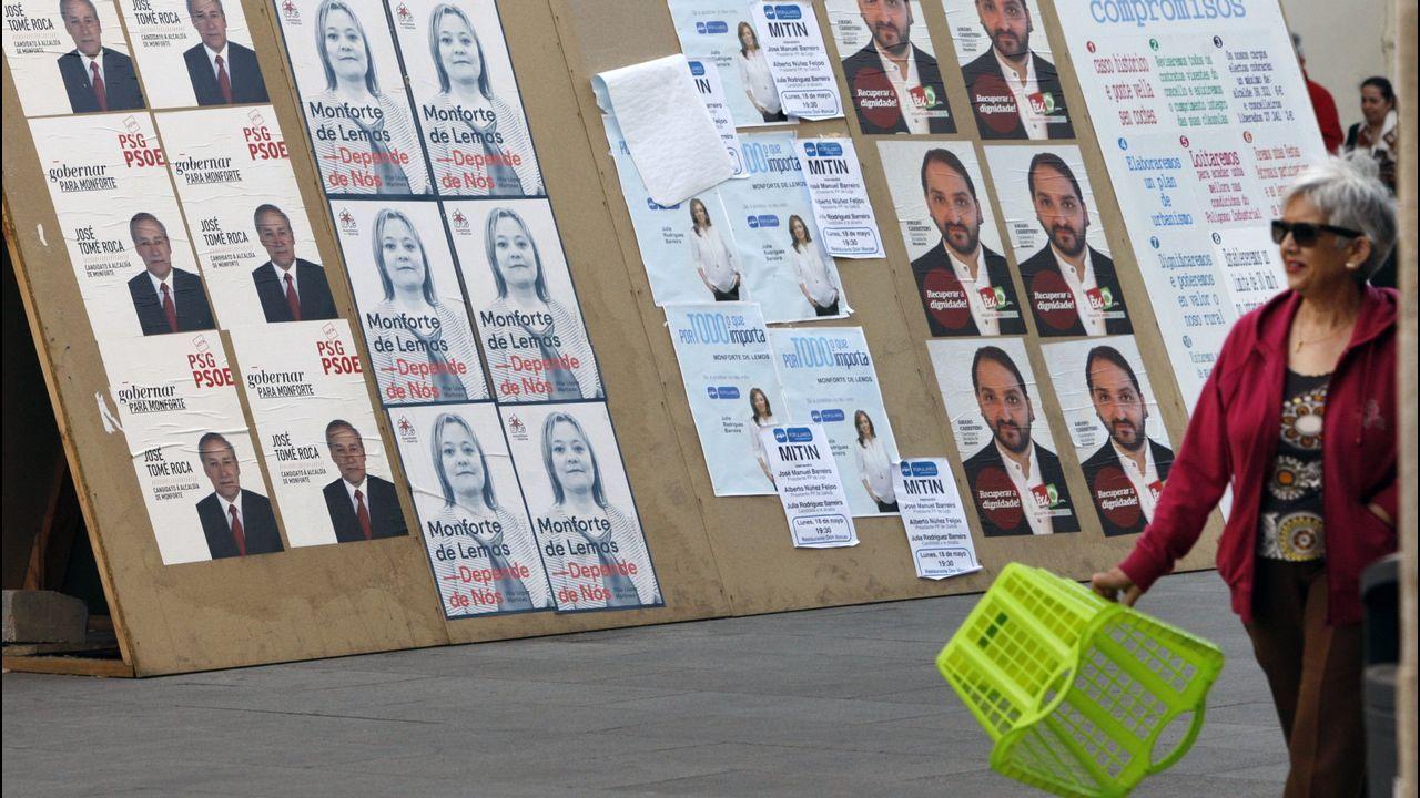 Carteles electorales en las elecciones municipales del 2015