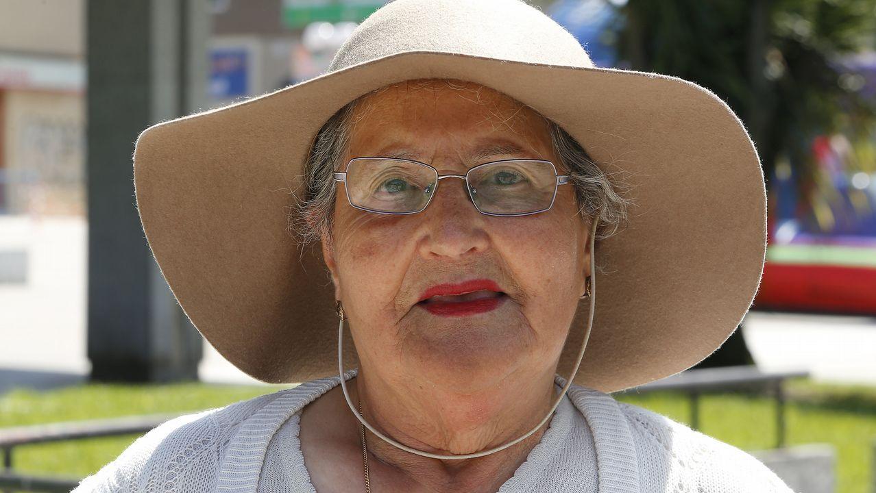 Amparo Morales, 93 años. Nació en Monforte, vive en A Coruña. Fue labradora