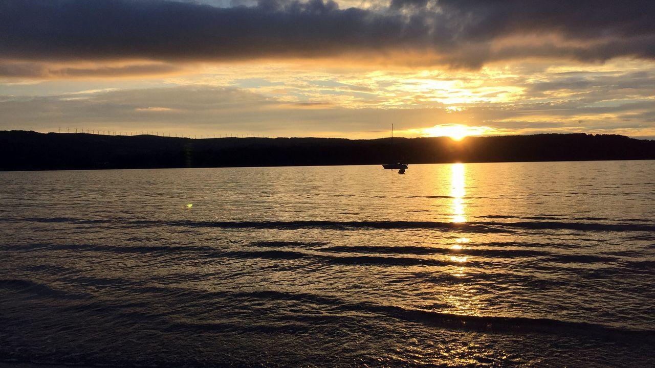 El lugar donde nunca se pone el sol.Un gesto tan sencillo como el de beber agua de un grifo no está, desgraciadamente, al alcance de todos los niños del mundo