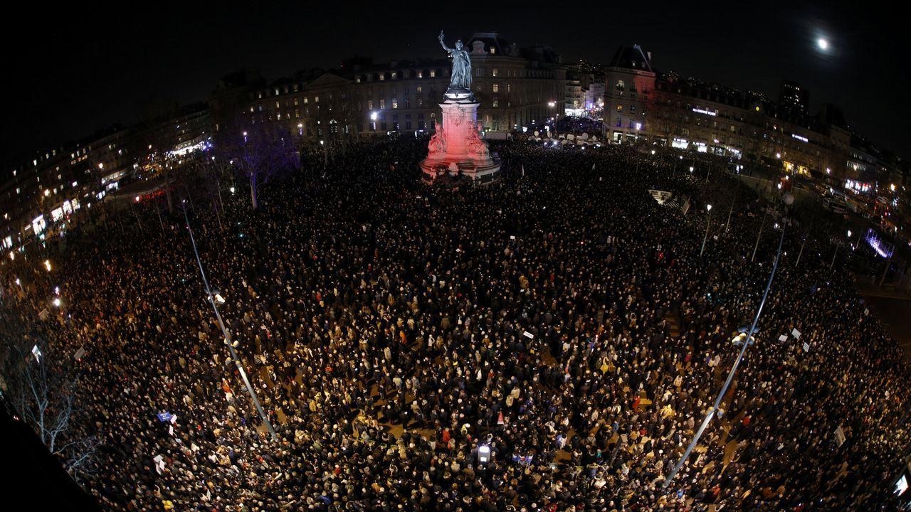 | EFE.Decenas de miles de franceses salieron a las calles en respuesta a la convocatoria de movilizaciones en unas 70 localidades de todo el país