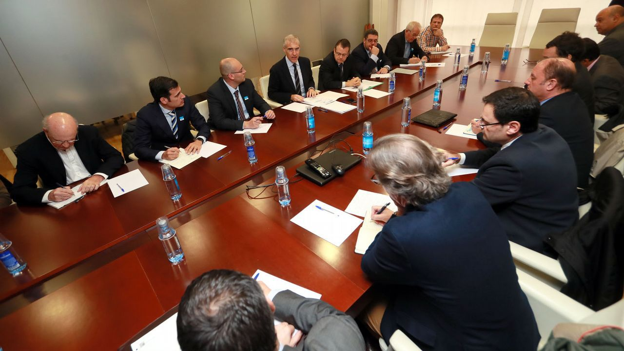 Reunión de Francisco Conde con representantes de empresas electrointensivas