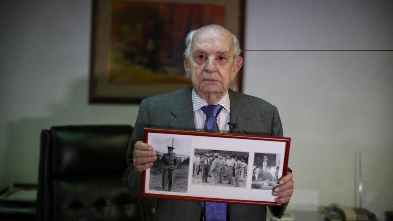 Un grupo de pasajeros consulta los vuelos en el Aeropuerto de Asturias.Fernando Rodríguez Miaja, uno de los últimos supervivientes del exilio republicano español en México, posa durante una entrevista con Efe el 18 de marzo de 2019 en Ciudad de México (México)