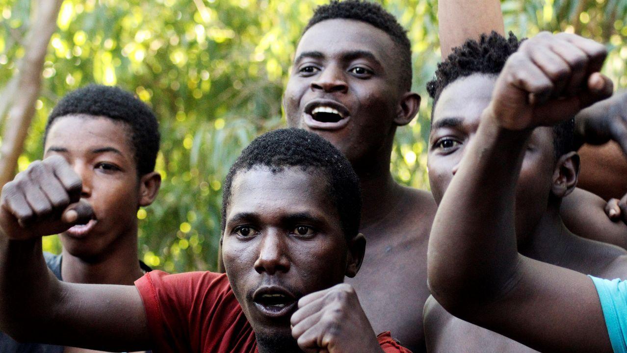 Las imágenes del desembarco de un grupo de inmigrantes en Tarifa.Manifestaciones de protesta contra las políticas de Trump