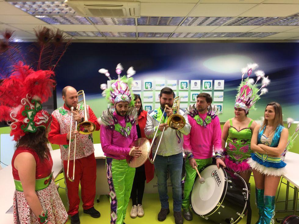 Presentación de Los Solfamidas como pregoneros del Carnaval de Pontevedra