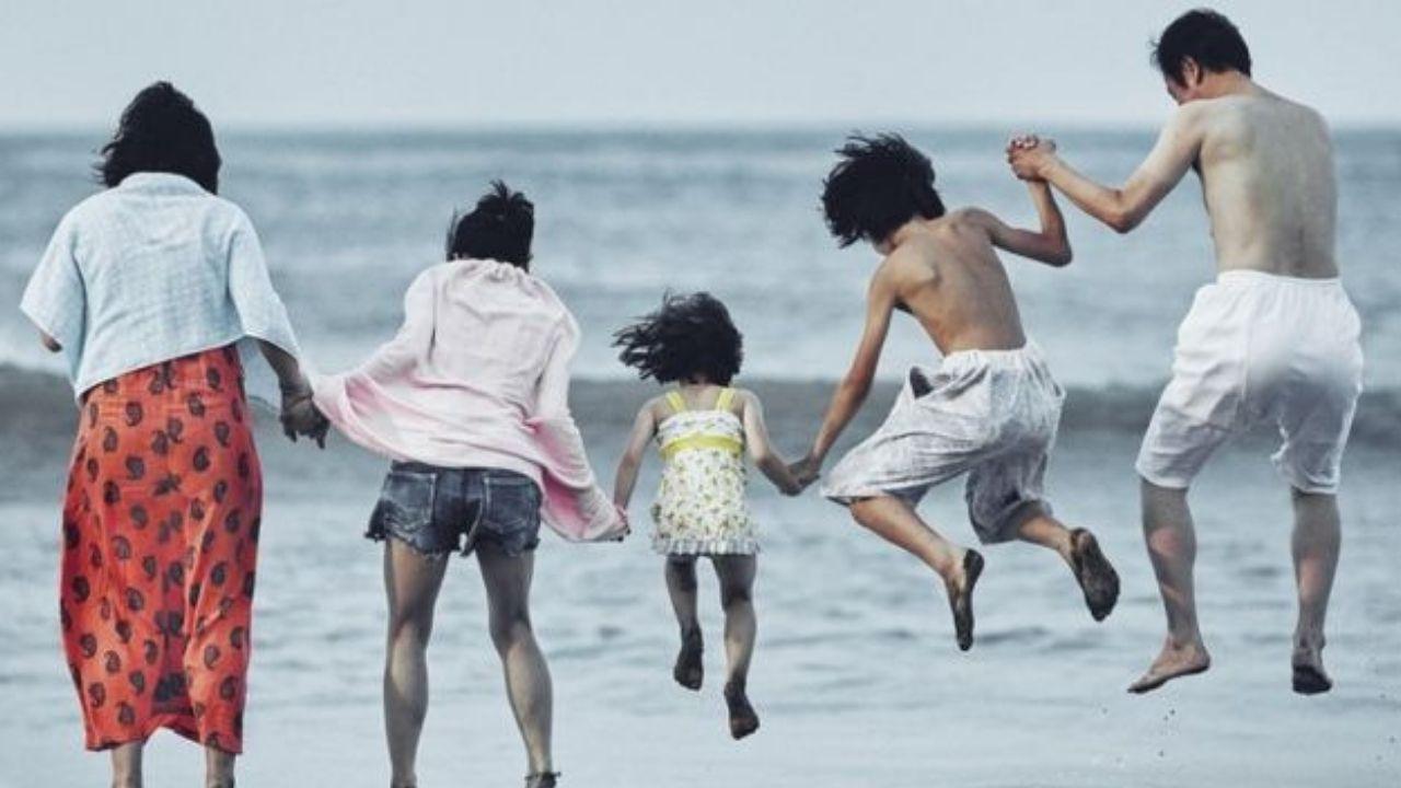 La moda ovetense, con estilo propio.Fotograma del filme «Un asunto de familia».