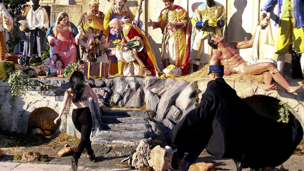 Intenta robar al niño Jesús del Vaticano en «topless»