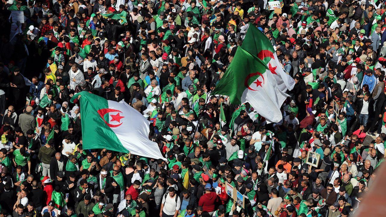 Vista general de la protesta contra el presidente argelino