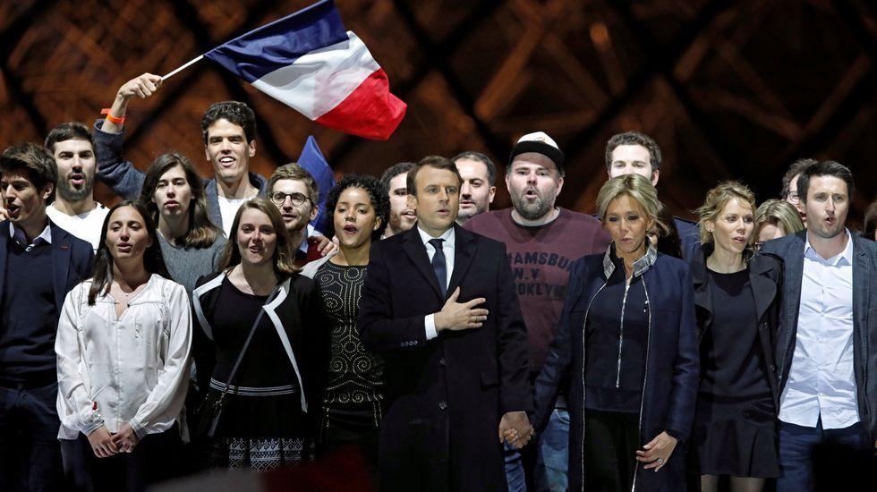 Los dos himnos de la victoria de Macron