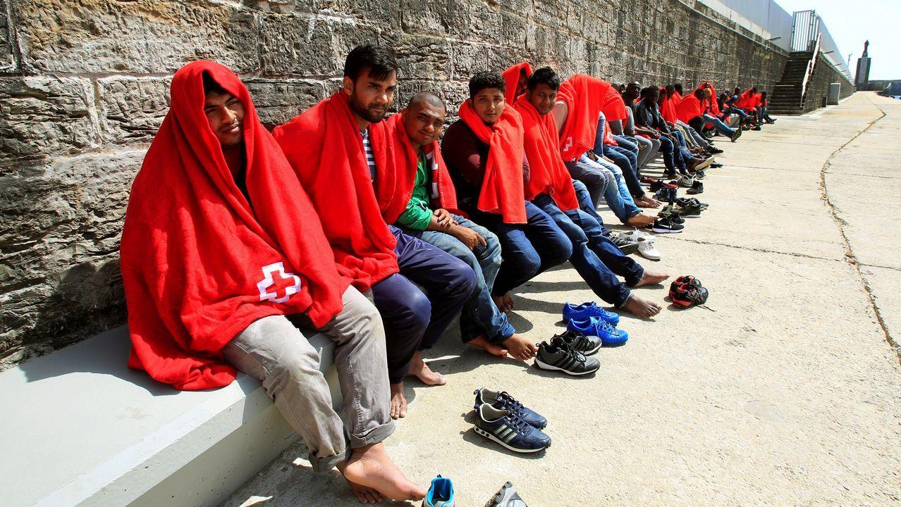 .Salvamento Marítimo rescató este miércoles a 89 personas que navegaban en tres pateras en aguas del estrecho de Gibraltar. Todos los inmigrantes, que se encuentran en buen estado, desembarcaron en el puerto de Algeciras