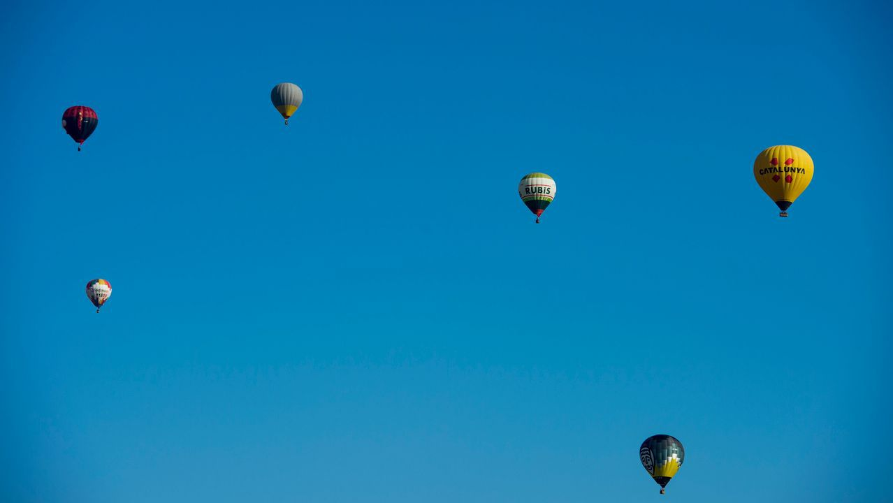 Globos aerostáticos, durante el Festival Europeo que se celebra en la localidad barcelonesa de Igualada