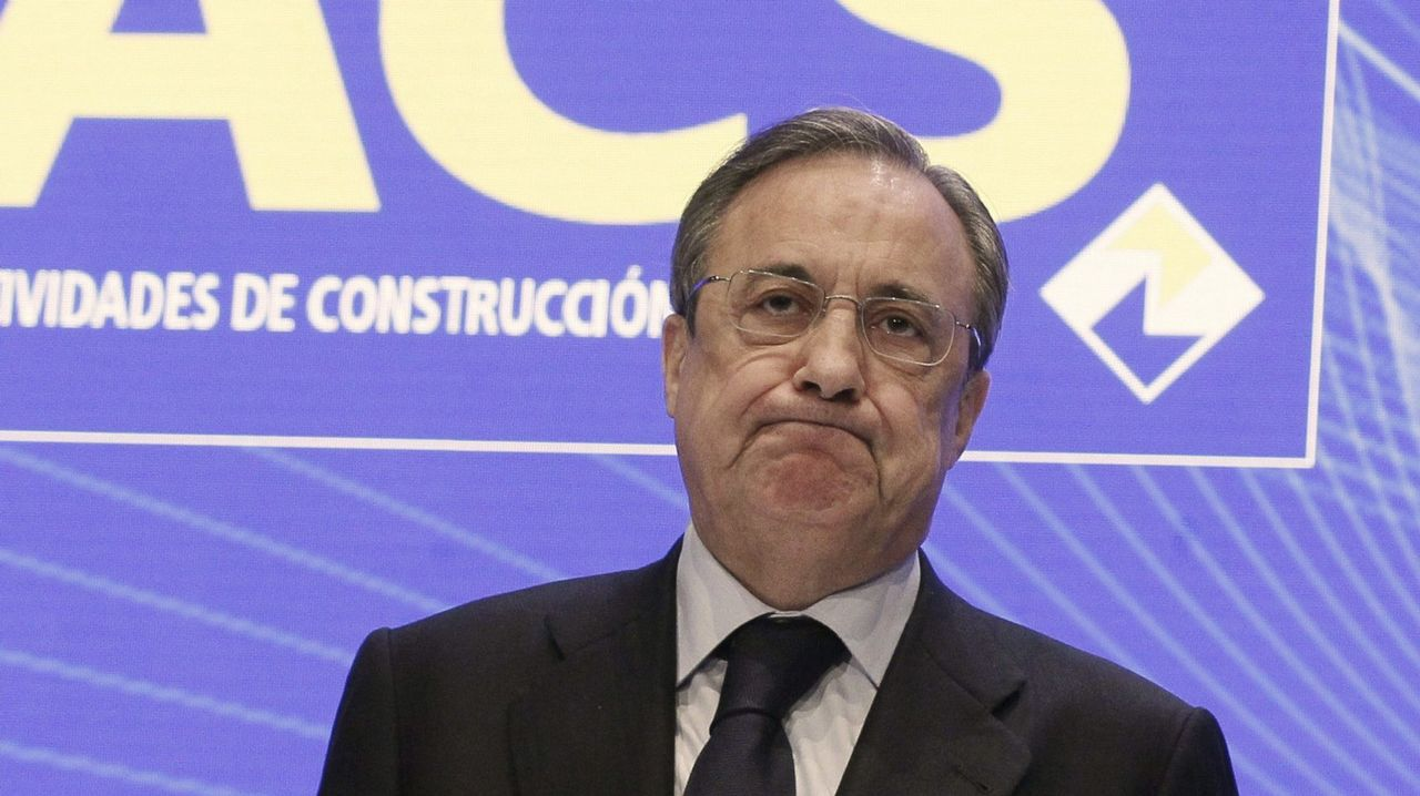 La carretera nevada de acceso al puerto de San Isidro, entre Asturias y León.El presidente de ACS, Florentino Pérez