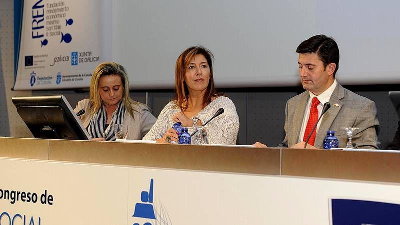 Mariel Padín, Beatriz Mato y Samuel Juárez en la clausura del congreso en Palexco