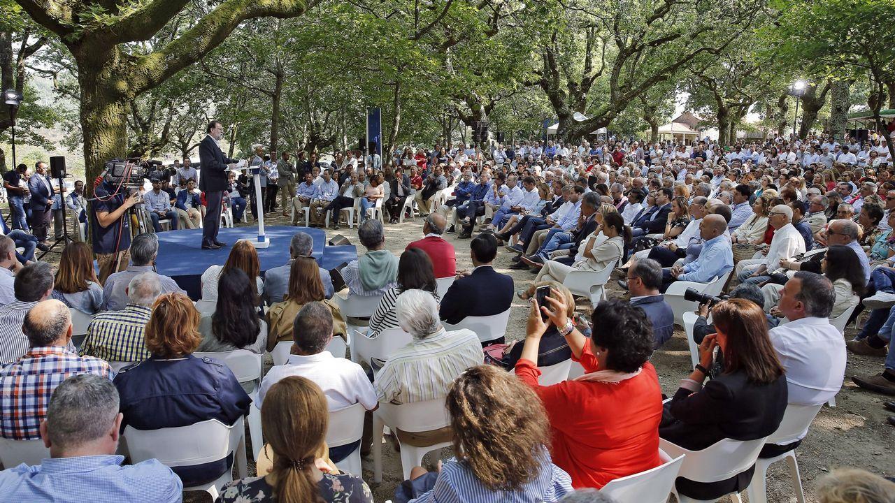CarmenCalvo en Santiago con los socialistas gallegos.Gonzalo Caballero con Leiceaga