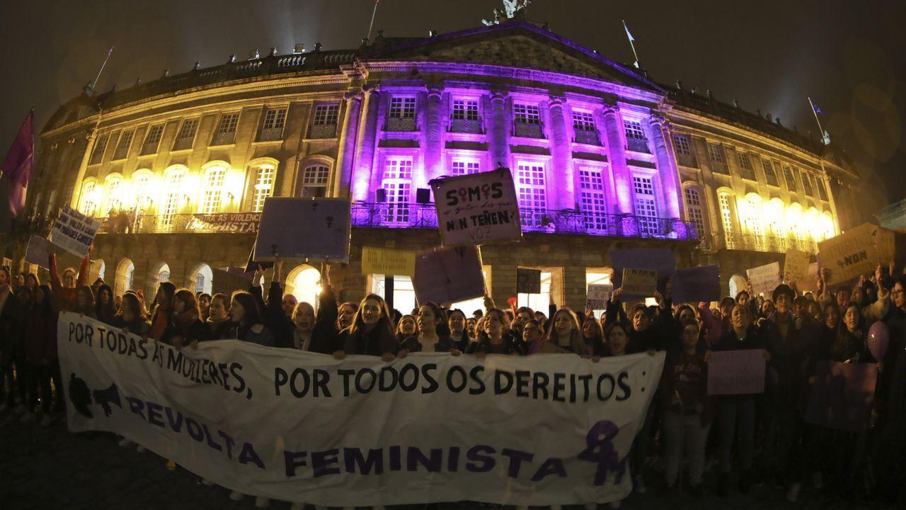Todas las imagenes de la manifestación del 8-M en Gijón.La diputada del BNG Noa Presas fue una de las identificadas por la policía