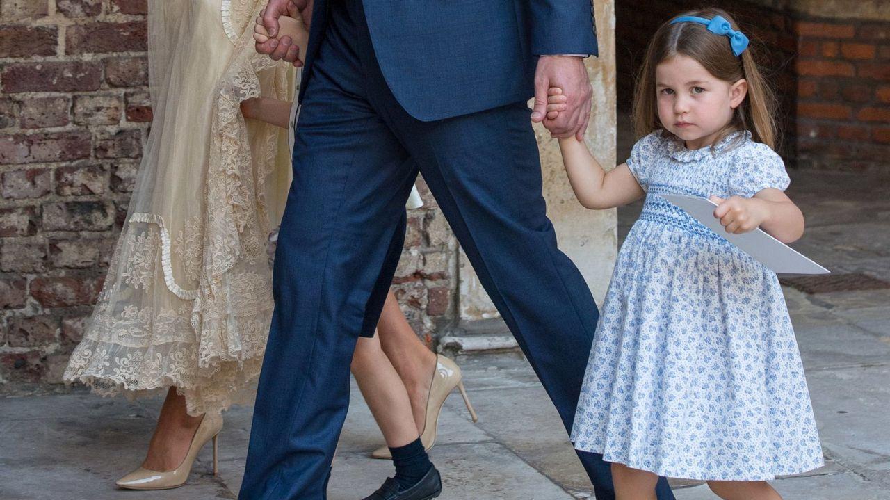 La princesa en el bautizo de su hermano pequeño