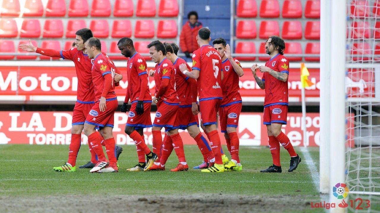 Requexon Horizontal.Jugadores del Numancia celebran un gol ante el Córdoba