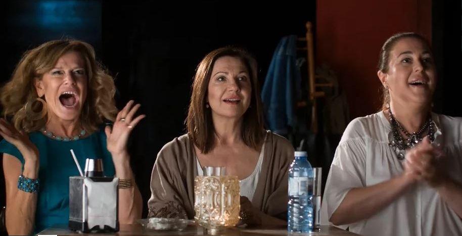 Pedro Sánchez en «La Sexta Noche».Las protagonistas son Belén Constenla, Uxía Blanco y Mayka Braña.