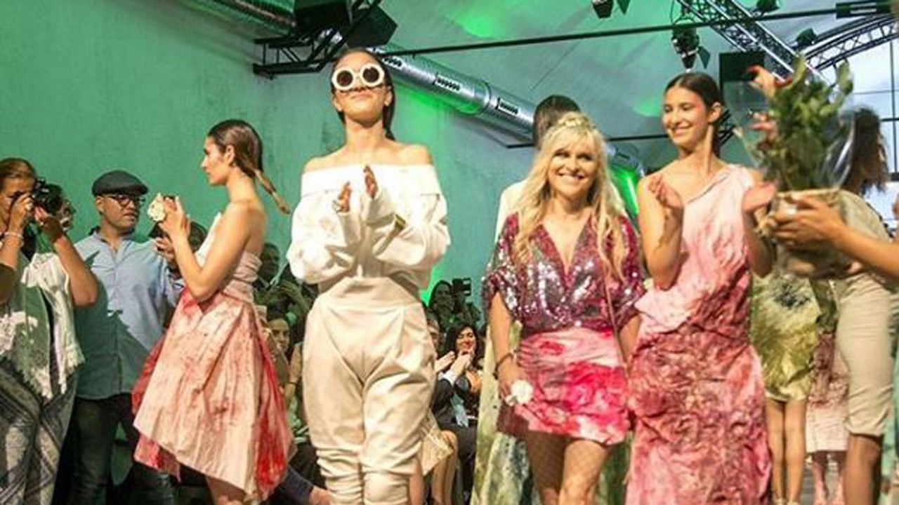 Así fue el desfile delos diseños de Marcos Luengo en la Madrid Fashion Week.Marta Ortega y Carlos Torretta, en el desfile de Roberto Torretta