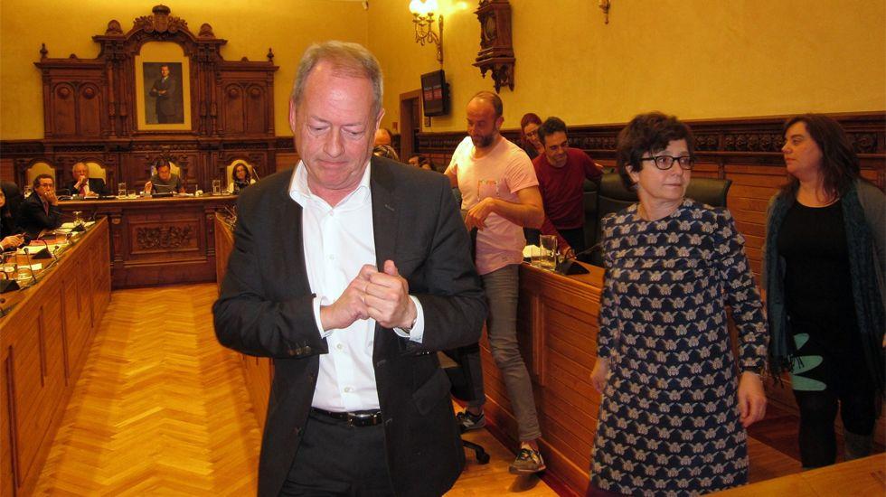 Concejales de IU y XsP abandonan el pleno de la corporación gijonesa