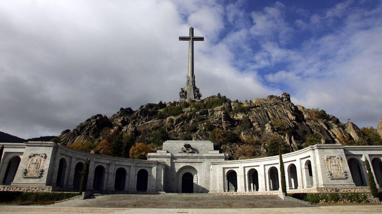 El Valle de los Caídos, en el interior de cuya basílica descansan los restos de más de 33.400 víctimas de la Guerra Civil