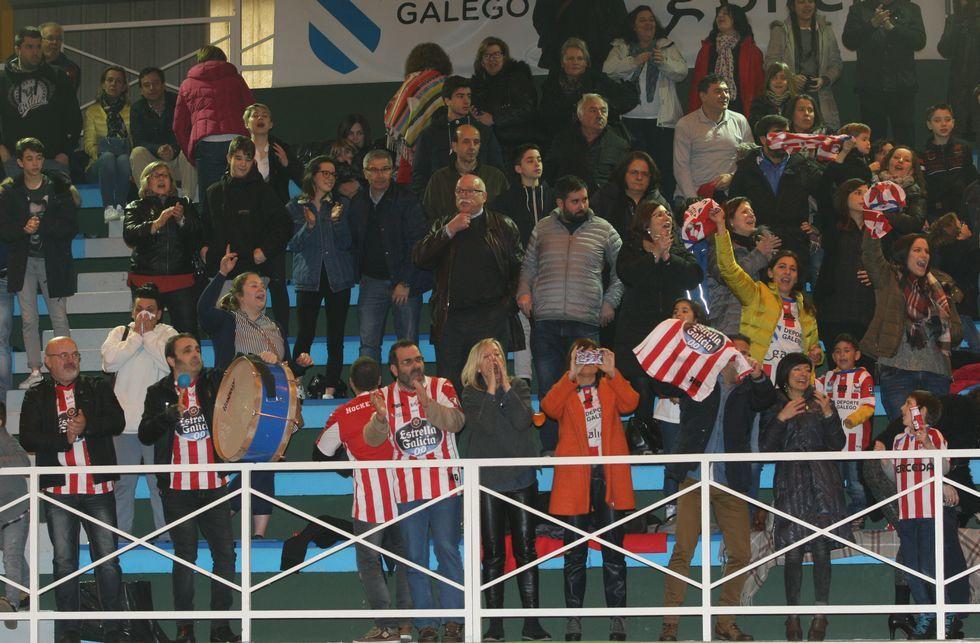El adiós de Jordi Bargalló, en fotos.Los aficionados del Patín Cerceda jugaron un papel importante en el derbi ante el Liceo.