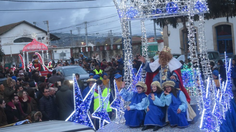Visitas de los Reyes Magos a Monforte y Sober.Las ayudas son para plantación de viñedo