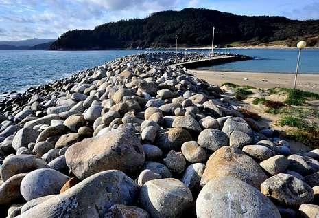 La formación de O Coído se extiende a lo largo de 300 metros, en el Porto de Bares.