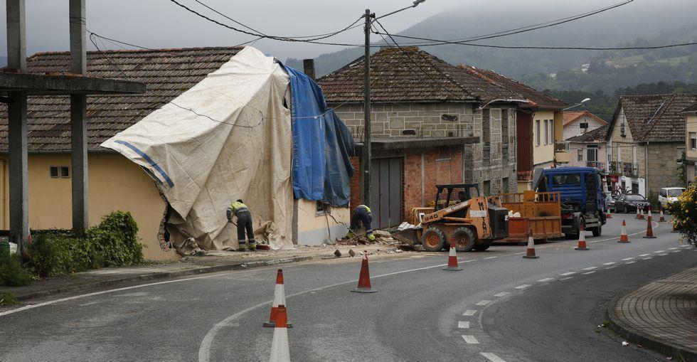 Día después del accidente del camión en Ramirás