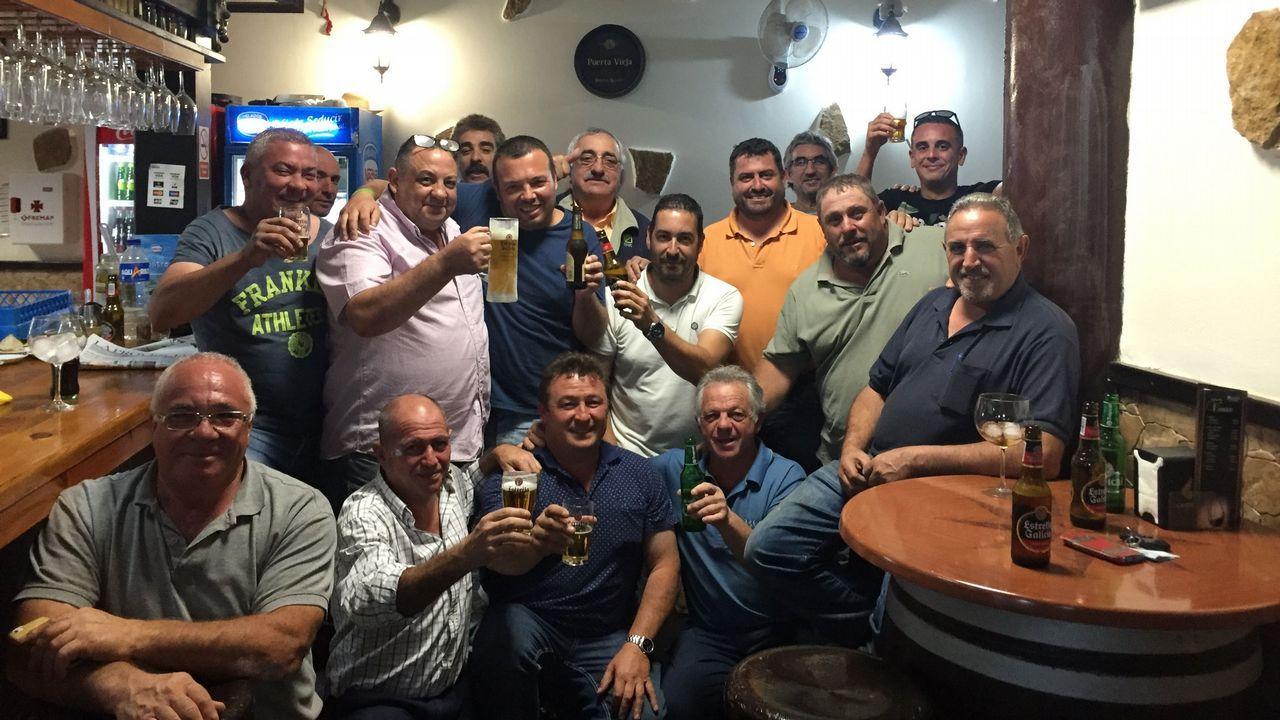 El turismo en Canarias sigue atrayendo a numerosos gallegos.Alberto Veiga dirige la emisora Onda Fuerteventura y también presenta todo tipo de actos