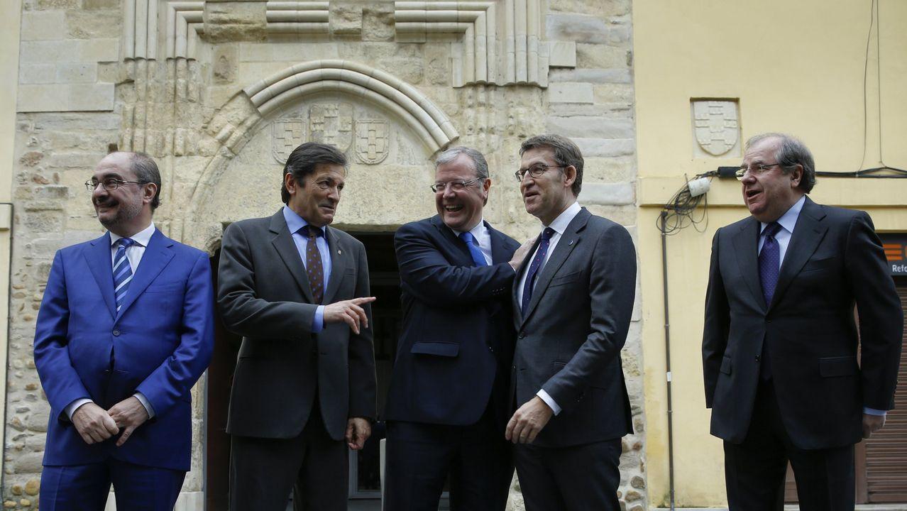 De izquierda a derecha, Irene Garrido, José Ramón Lete, Javier Dorado y Santiago Villanueva
