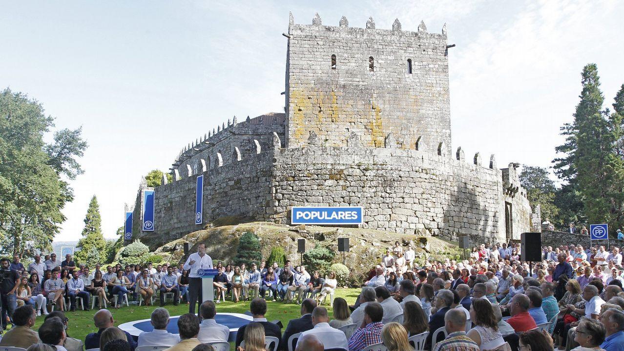 .Acto de apertura del curso politico del PP en el año 2005 en el castillo de Soutomaior.