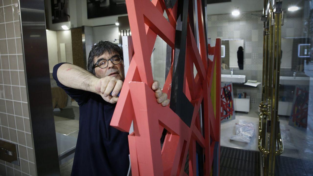 Así fue el desfile delos diseños de Marcos Luengo en la Madrid Fashion Week.El director provincial del 112, Rafael Galvez, tras el minuto de silencio por Julen