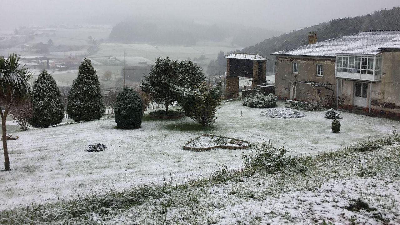 A finales de febrero la nieve llegó hasta la costa gallega, a localidades de A Mariña como Foz. «Aquí no nevaba desde hace años», contaban entonces los vecinos.